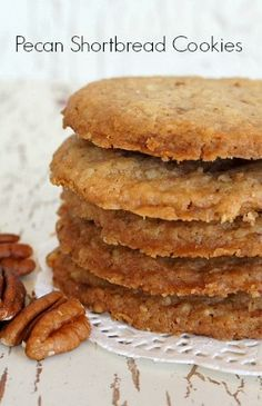 Pecan Shortbread Cookies - thin and crispy on the outside, chewy on the inside Keto Cookies, Pecan Shortbread Cookies, Biscuit Cookies, Cookie Desserts, Yummy Cookies, Cupcake Cookies, Chocolate Chip Cookies, Cookie Recipes, Dessert Recipes
