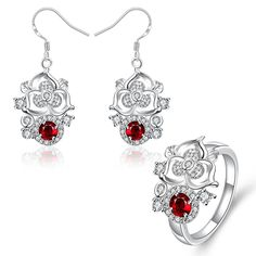 Get Amazing and Lovable flower jewelry sets for your cheerful life.