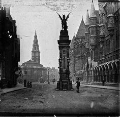 St Clement Danes, c. 1910