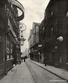 Wych Street before the Aldwych redevelopment in 1905