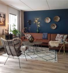 57 lovely and unordinary bohemian living room decor ideas and furniture 1 Teal Living Rooms, Bohemian Living Rooms, Living Room Color Schemes, Home Living, Living Room Sofa, Living Room Interior, Living Room Designs, Living Room Decor, Bohemian Decor