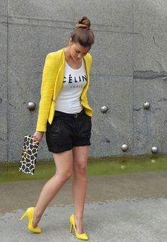 New heels yellow casual Ideas Classy Outfits, Pretty Outfits, Beautiful Outfits, Casual Outfits, Cute Outfits, Look Fashion, Fashion Outfits, Womens Fashion, Short Outfits