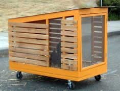 Simple, minimalist, colorful. Coops don't need to be complicated. Best Design News shows us just how simple a coop can be. This one is perfect for small spaces, or in school yards for hands-on learning. Live In Art: Recycled