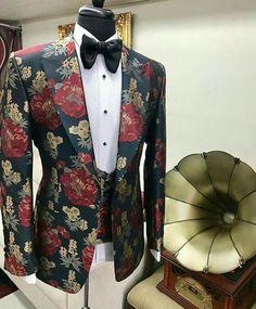 nuels-world.nuels-world. Wedding Dresses Men Indian, Wedding Dress Men, Wedding Suits, Mens Fashion Blazer, Suit Fashion, Old Man Outfit, Indian Groom Wear, Mode Costume, Designer Suits For Men
