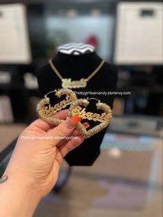 Add your name Custom Jewelry, Gold Jewelry, Heart Earrings, Pairs, Jewels, Handmade, Accessories, Jewellery Designs, Heart Pendants