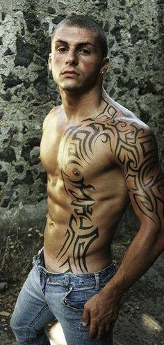 Tribal Tattoos and tribal tattoo art. New Tribal Tattoos designs online at www.temporarytattoodesigns.ca