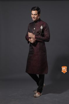Manyavar traditional zari jackard kurta :- This kurta on Zari Jackard in feroze is inspired from the ancient fashion trends. The outfit is filled with ancient embroidery and pleated collars. It is the one designed just for you on your days of celebration. #Manyavar #Kurtas #Wedding #Manyavar Wedding Wear #Indian Wedding Wear #Wedding Collection #Celebration Wear