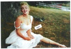 Found-PHOTO-of-MARILYN-MONROE-4x6