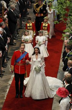 Lady Louise bridesmaid Kate and Wills Wedding