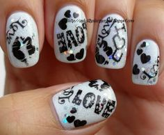 i would like to have this nails color on my nails i like it because is really beutiful.