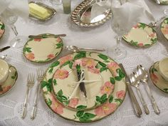 Thank you Susan for hosting Tablescape Thursday .  To see other tablescapes, go to her blog at Between Naps on the Porch.   I posted about ...