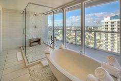 Wow Suite Bathroom/W FORT LAUDERDALE