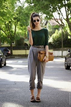 fall style- loafers, high waisted pants, high pony tail