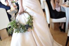 Le Flower Hoop de la mariée Bike Wedding, Our Wedding, Dream Wedding, Bridesmaid Bouquet, Wedding Bouquets, Wedding Centerpieces, Wedding Decorations, Floral Wedding, Wedding Flowers
