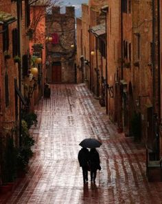 Rainy Day, Certaldo, Italy photo via vanitas