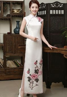 Classic Pure White Qipao Dress Evening Gown with Flowers Embroidery - iDreamMart.com