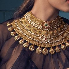Achieve your glow goals like Malaika Arora Khan by adorning this awe-inspiring gold polki necklace by Khanna Jewellers. #KhannaJewellers…
