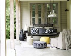 WOW-PoP- bright outdoor furniture and accessories is that they simply move to another part of the garden.