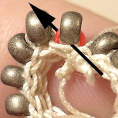 Comment faire une spirale en perles au crochet ? - Perles & Co