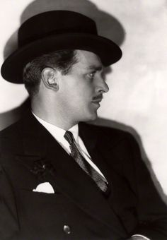 Douglas Fairbanks Jr. in 1934 hat and suit.