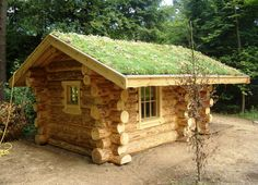 Tiny Log Cabins, Small Log Cabin, Log Cabin Homes, Cabins And Cottages, Sauna House, Covered Patio Design, House In Nature, Cabins In The Woods, Tiny House