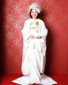 白無垢 髪型 White Things black n white to color in photoshop Top Wedding Dress Designers, Traditional Wedding Attire, Hijab Caps, Japanese Wedding, I Believe In Pink, Kimono Fashion, Bridal Hair, Cute Girls, Wedding Photos