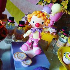 Sah Biscuit na festa!!Festa maravilhosa, no Sítio Você e Eu - RJ !!! Obrigada pela foto linda @fernandafrazaofranco  #sahbiscuit #biscuit #porcelanafria #sahbiscuitnafesta #circorosa #circo #palhaco