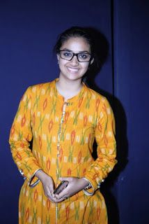 Keerthy Suresh in Yellow Dress with Cute and Lovely Smile, Keerthy Suresh Latest Images. Indian Film Actress, South Indian Actress, Indian Actresses, Actress Without Makeup, Lovely Smile, Most Beautiful Indian Actress, Kurta Designs, Latest Images, Actress Photos