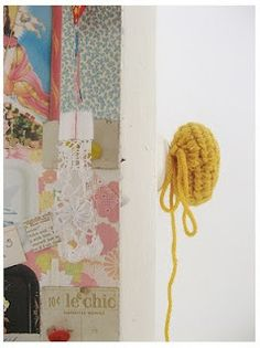Knit Door knob cover. Adorable and practical, no more cold door handles!