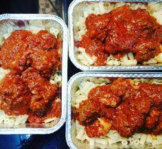 """""""Balik kerja kemarin buat meatball mozzarella baked.. bgun pagi ni rebus macaroni.. nasib rebus dalam noxxa 4 minit jer.. tak payah nak meruap mcm atas api sebelum2 ni.. cepat dan pantas.. so breakfast & lunch jimat hari ni.. #mamajuemasak #mamajueblogger #mamajuedotcom #noxxa"""" - Dikirim oleh """"juelizajamani"""" di Instagram pada """"October 22 2015 at 07:41AM"""". Salin lebih banyak resepi & tips #PeriukNoxxa di http://ift.tt/1RtVCCO . WhatsApp 011-1873-5142 untuk tempahan/pertanyaan lanjut."""