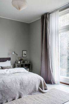 Photographed by Chris Tonnesen for Elle Decoration Denmark Danish interior stylist Cille Grut& home is a mix of different shades of gray and beige colours also known as Danish Interior, Home Interior, Interior Design, Interior Stylist, Gray Interior, Interior Colors, Apartment Interior, Home Bedroom, Bedroom Decor