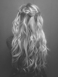 waterfall french braid. LOVE this. It is so cute and I wish my hair was like this!!!! Gorgous curls
