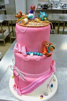 Adorable Cinderella Cake | Disney Cakes | Disney Cake Ideas | Disney Princess Cake |
