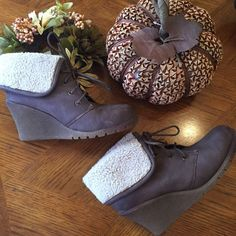 Booties Size 7.5 Cute booties!! Some signs of wear but overall in good condition. Very comfortable, it's like wearing sneakers . Warm fabric inside. Genesis Shoes Ankle Boots & Booties