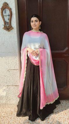 Punjabi Suits Designer Boutique, Indian Designer Suits, Indian Gowns Dresses, Pakistani Dresses, Punjabi Fashion, Indian Fashion, Women's Fashion, Indian Attire, Indian Outfits