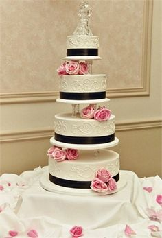 Brown and pink cake - love the white detailing