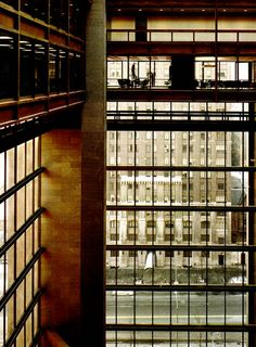 Kevin Roche John Dinkeloo and Associates. Ford Foundation Building in New York, Ford Foundation, Building Structure, Sustainable Design, Art And Architecture, All Art, Places To Visit, Art Deco, Mid Century, Sculpture