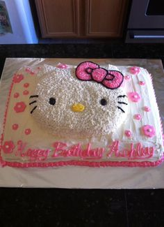 Hello Kitty Cake pan on top of sheet cake Birthday Cake Girls, 4th Birthday, Birthday Cakes, Hello Kitty Cake, Hello Kitty Birthday, Cake Pans, Frostings, Let Them Eat Cake, Cheesecakes
