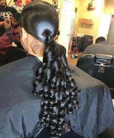 """Excellent """"black hairstyles with weave"""" detail is readily available on our website. Take a look and you will not be sorry you did. Ponytail Styles, Sleek Ponytail, Ponytail Hairstyles, Weave Hairstyles, Curly Hair Styles, Cool Hairstyles, Natural Hair Styles, Hair Ponytail, Black Hairstyles"""