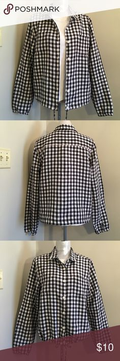 "Christopher & Banks  Gingham Check Jacket Size L Very light weight. Almost like a shirt. Great for layering. I'm calling this a jacket because the waist has a draw string and the sleeve don't cuff they have elastic. Similar to a non fuzzy flannel shirt?  100% Linen. Says dry clean only. But I just washed dried and iron it. No problems. Has some knots in the fabric. From the manufacturing process. Not really damage or flaws. Armpit to arm pit measures 21"" inches sleeve length 25.5"". From back…"