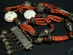 Turkoman silver and coral wedding necklace - berbería