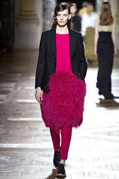 I adore this fuchsia color, mix of masculine style with the blazer and the bright surprising feminine inside 3 piece with the oversized feathery skirt. WOW! Dries Van Noten Fall 2013 Ready-to-Wear Collection Slideshow on Style.com
