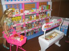 1996 Shoppin Fun Barbie and Kelly Supermarket Playset by Mattel