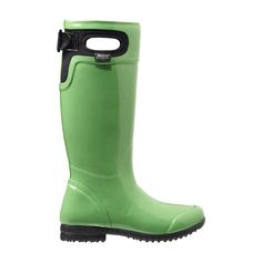 The warm, waterproof Tacoma is a best-of-both-worlds boot, offering equestrian flare and pull on practicality for the wettest of weather. Insulated and offered in a host of eye-catching colors it blends fashionable and functional into a reliable classic you'll reach for all season long.