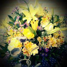 Flores amarela e lilás