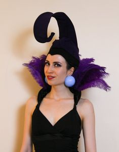 yzma and kronk costume diy ~ yzma and kronk costume ; yzma and kronk ; yzma and kronk costume diy ; yzma and kronk emperors new groove Disney Villians Costume, Villain Costumes, Disney Cosplay, Disney Costumes, Halloween Costumes, Halloween Villain, Christmas Costumes, Halloween Outfits, Disney Characters