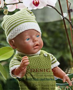 Nice everydays clotehes in green and white to Baby borne, American doll girl Knitting Dolls Clothes, Doll Clothes Patterns, Doll Patterns, Clothing Patterns, Knitting Patterns, Laine Drops, Baby Born Clothes, Baby Pop, Knit Crochet