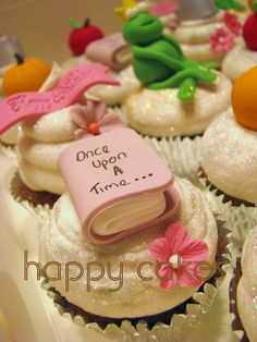 Such a cute idea for Princess or Fairytale Party cupcakes