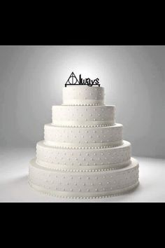 Harry Potter wedding cake.
