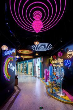 Shop Interior Design, Retail Design, Store Design, Rustic Restaurant, Restaurant Concept, Art Studio Design, Exhibition Booth Design, Neon Aesthetic, Facade Design